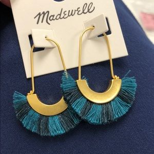 Madewell Jewelry - Madewell Arc Wire Fringe Earrings